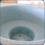 Фото бетонной гидромассажной ванны