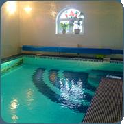фото бетонного бассейна отделанного плиткой