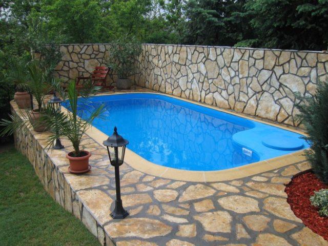 бассейн на собственном участке