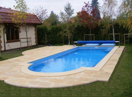 бассейн на собственном загородном участке