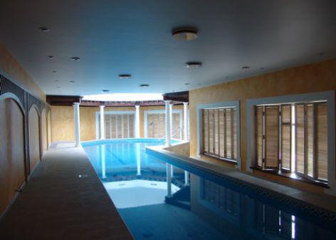 бассейн на втором этаже
